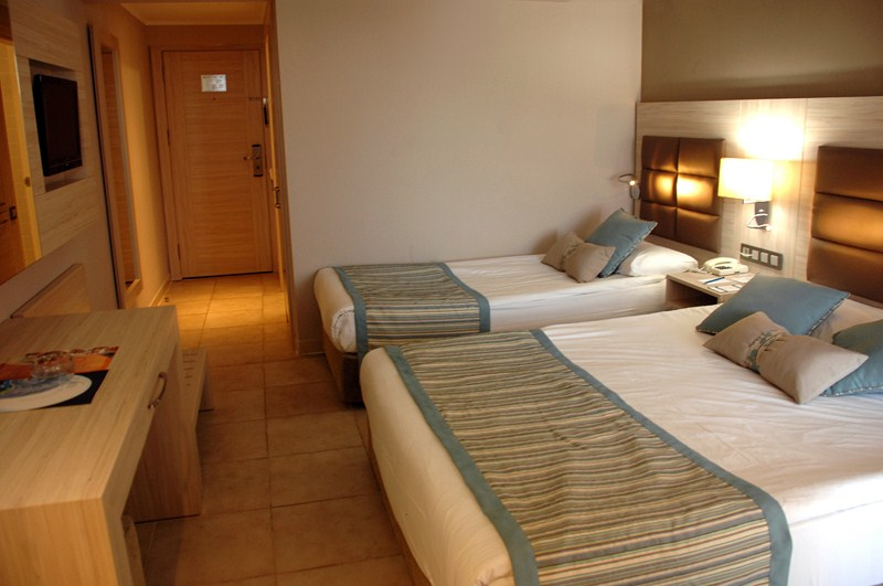 Early booking turcia hotel club insula hv 1 zbor din timisoara - Hotel piscina in camera ...