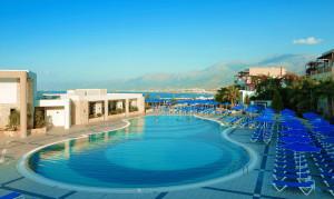 Oferta Creta Grand Holiday Resort 4 stele cu avion din Timisoara