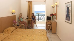 Camera Hotel Astir Beach 4 stele oferta Early Booking
